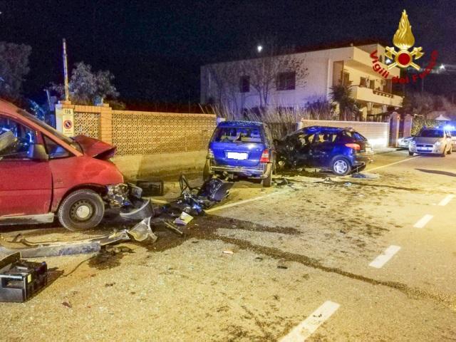 Incidente nella notte, tre feriti