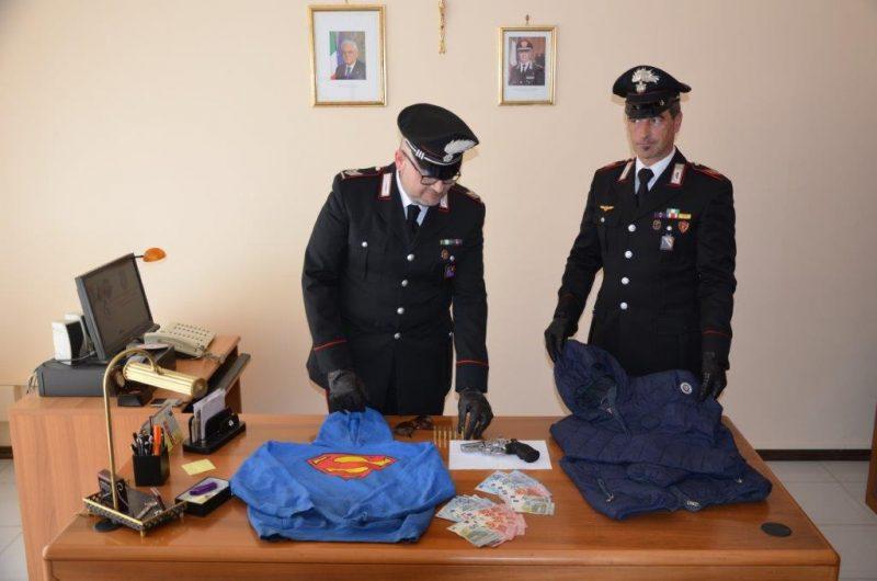 Rapina a mano armata in un supermarket, arrestati dai Carabinieri