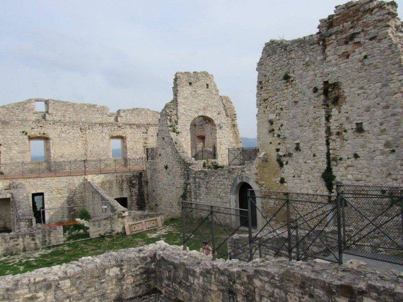 INIZIATIVE – Porte aperte del castello d'Evoli  per il 25 aprile e 1 maggio