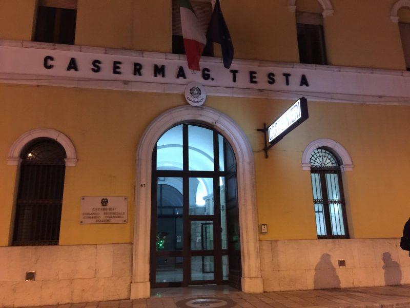 Ubriaco infastidisce i clienti di un locale, arrestato dai Carabinieri