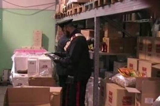 Blitz dei NAS, chiusa attività: sequestrato mezzo quintale di alimenti