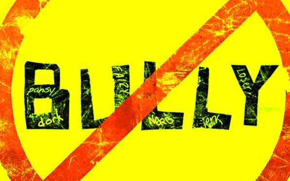SCUOLA – Bullismo e cyberbullismo, batterli con formazione e informazione