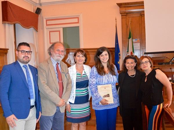 Tesi sui Misteri, grandi consensi per la campobassana Chiara D'Addario
