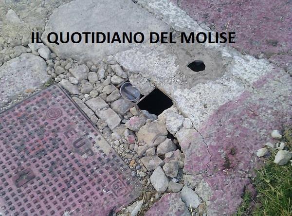 Tombini pericolosi a Venafro (LA SEGNALAZIONE)