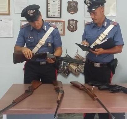 Cacciatori di frodo 'beccati' dai Carabinieri. Sequestrate armi e munizioni