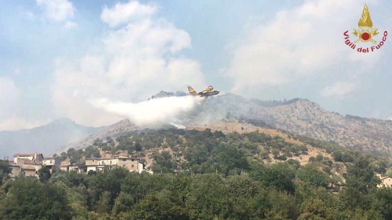 Incendi in provincia di Isernia, Vigili del Fuoco in azione senza sosta