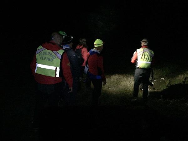 Escursionista cade in un dirupo, salvato dal Soccorso Alpino
