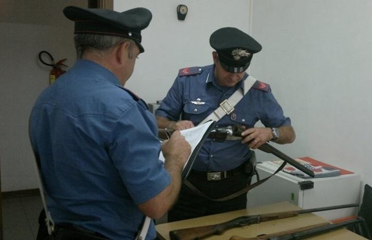 Richiami acustici illegali, due cacciatori nei guai