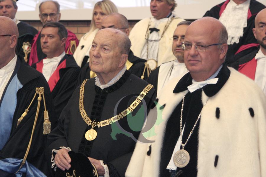 """Unimol, Grossi inaugura l'anno accademico: """"Ateneo con vivacità culturale"""""""
