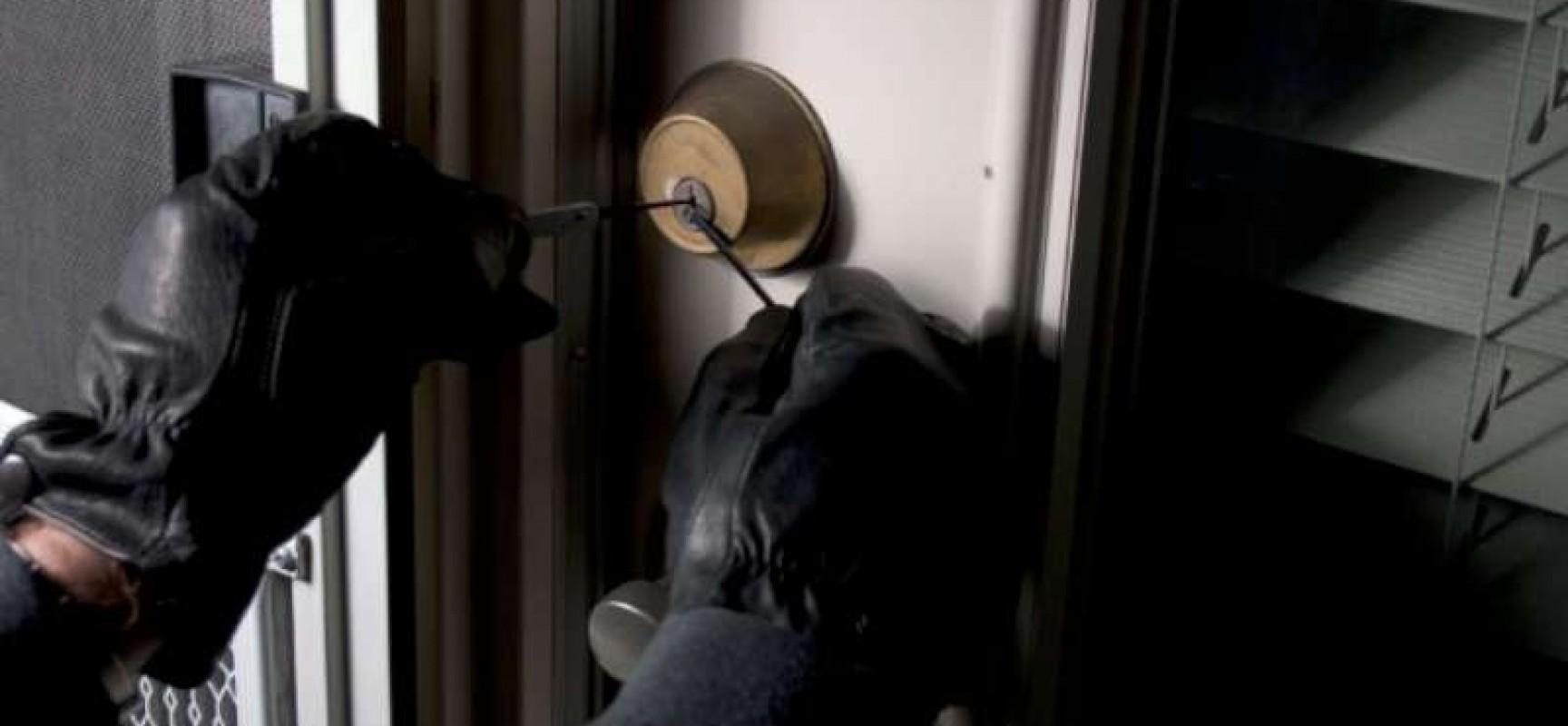 Tentato furto in un appartamento in Via Principe di Piemonte