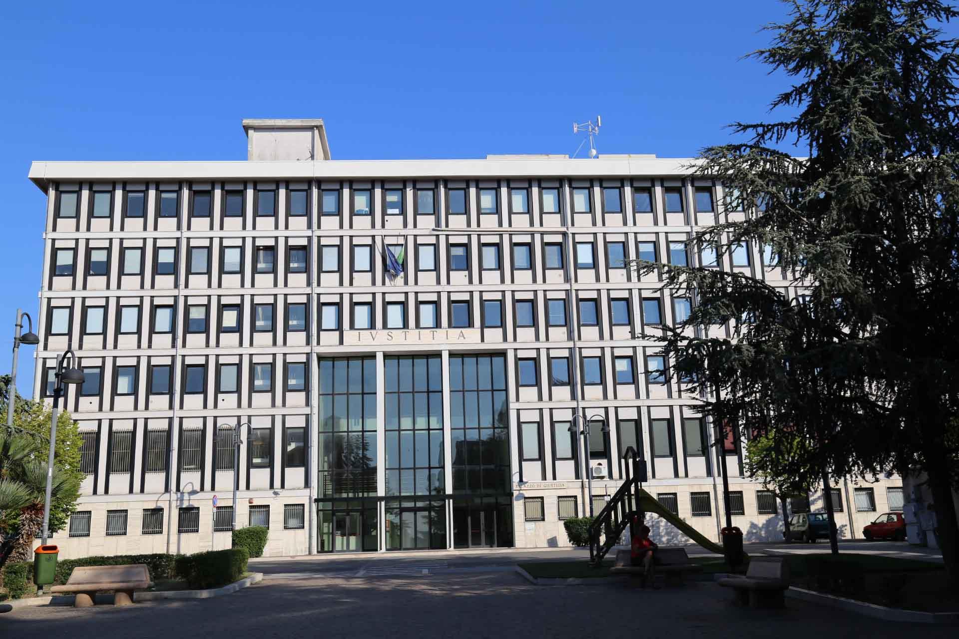 Niente più competenze sul fallimentare, l'allarme per il tribunale di Larino