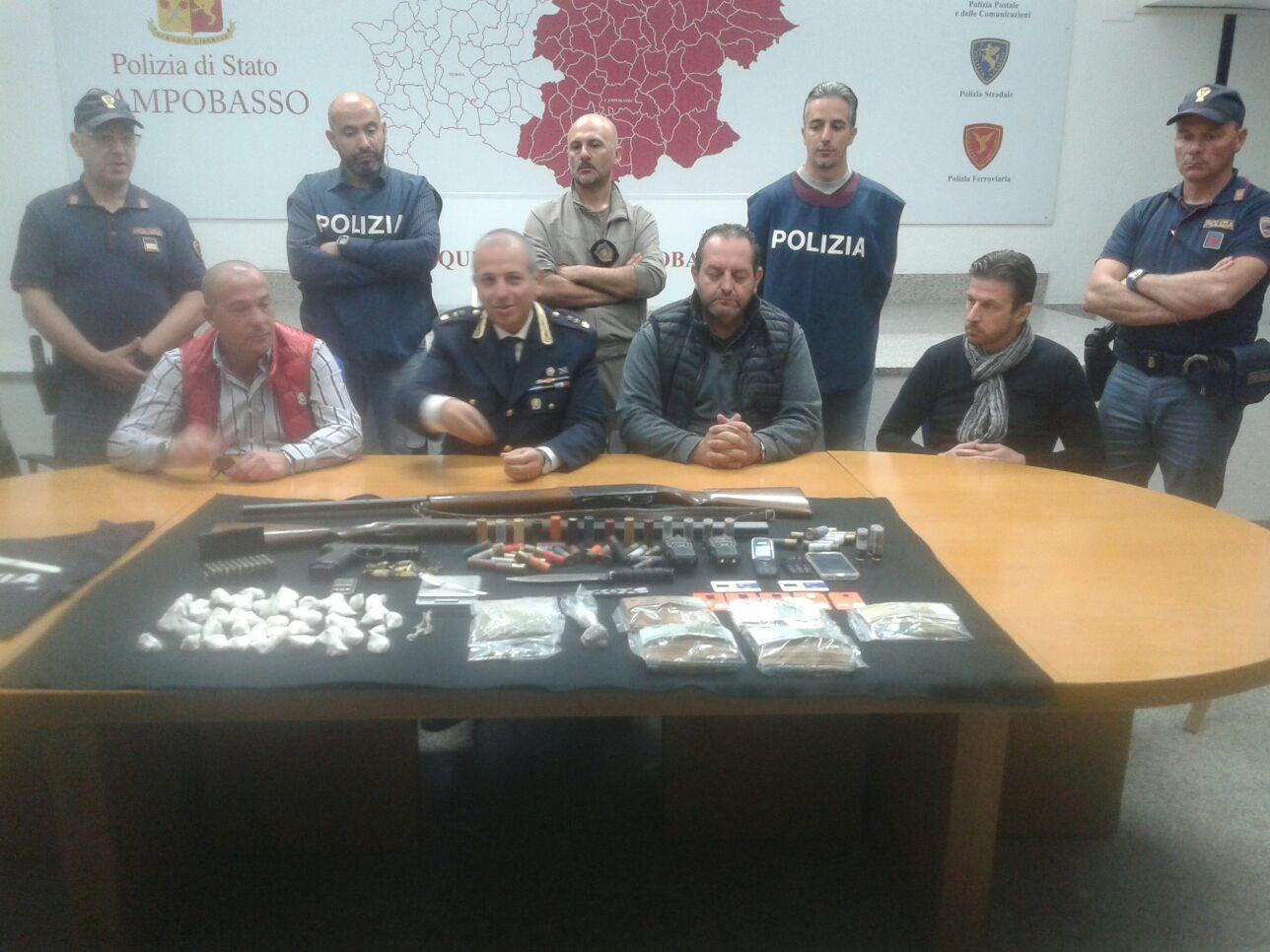 Stroncata dalla Mobile centrale della cocaina, due arresti