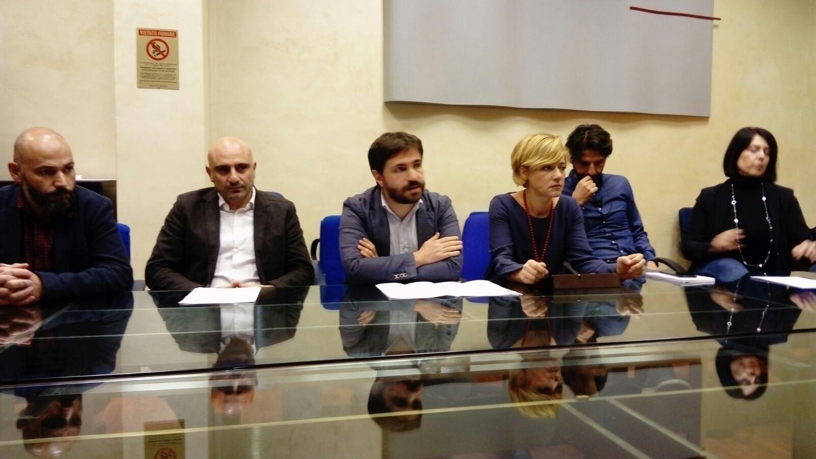 Processo di Bari, terza mozione di sfiducia al Governatore targata Cinque Stelle