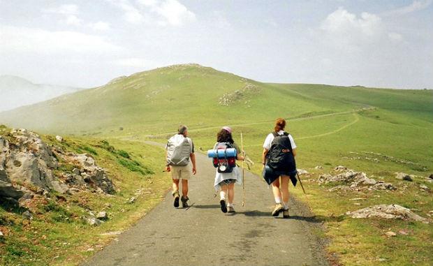 Turismo lento, escluso il Cammino dell'Acqua Castelpetroso-Cercemaggiore e quello del Giardino di Capracotta
