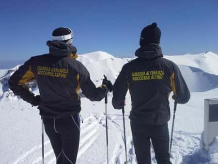 Guardia di Finanza, concorso per 30 tecnici di soccorso alpino
