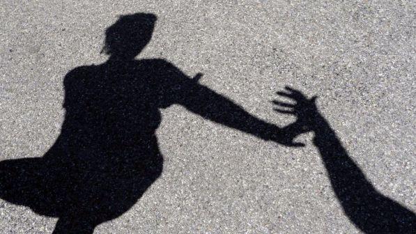 Lecce,due bulli abusano e ricattano una 15enne: arrestati due minori (Nazionale)
