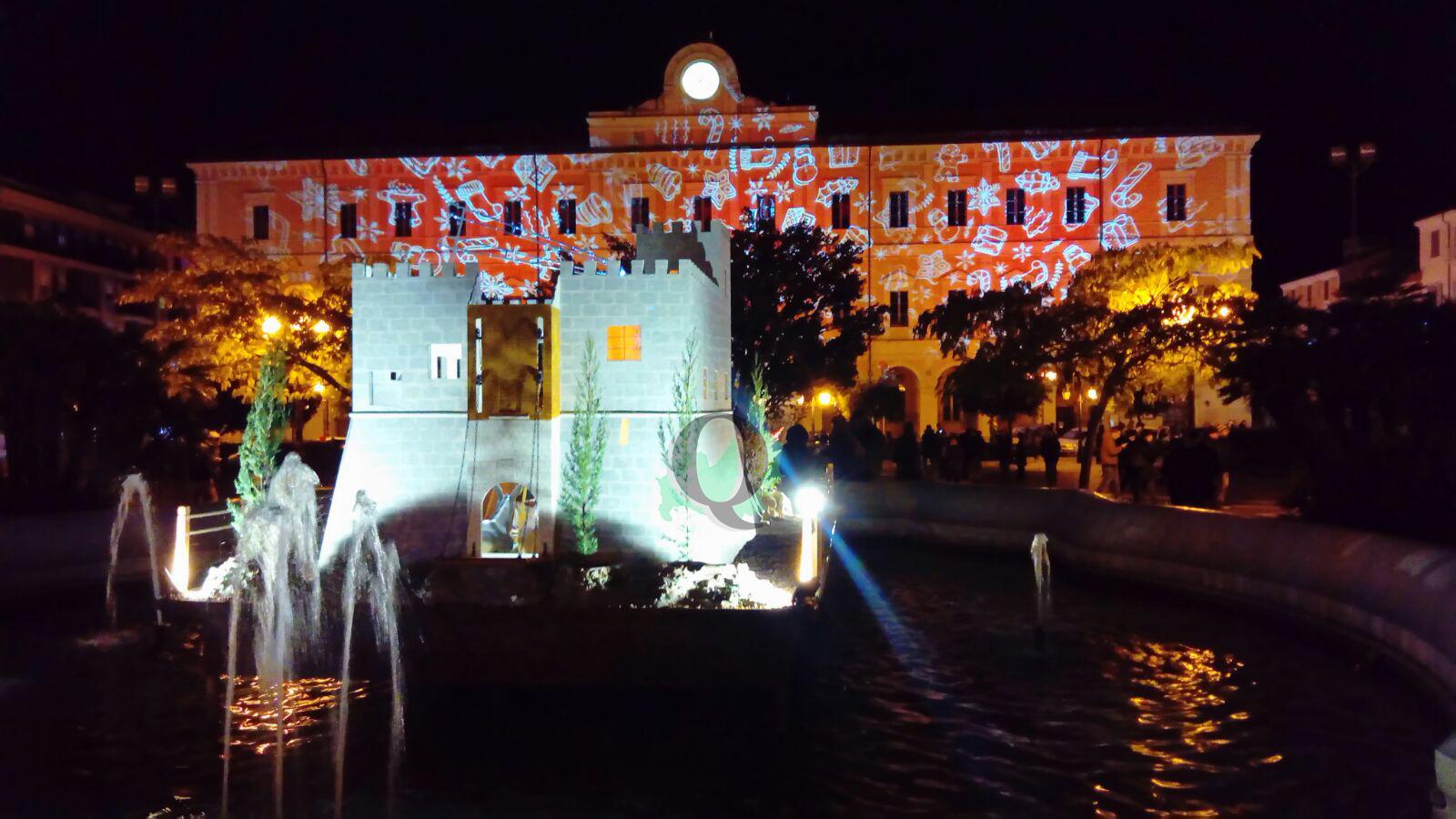 Campobasso si veste a festa: accese le luminarie. Battista parla anche del futuro (FOTO)