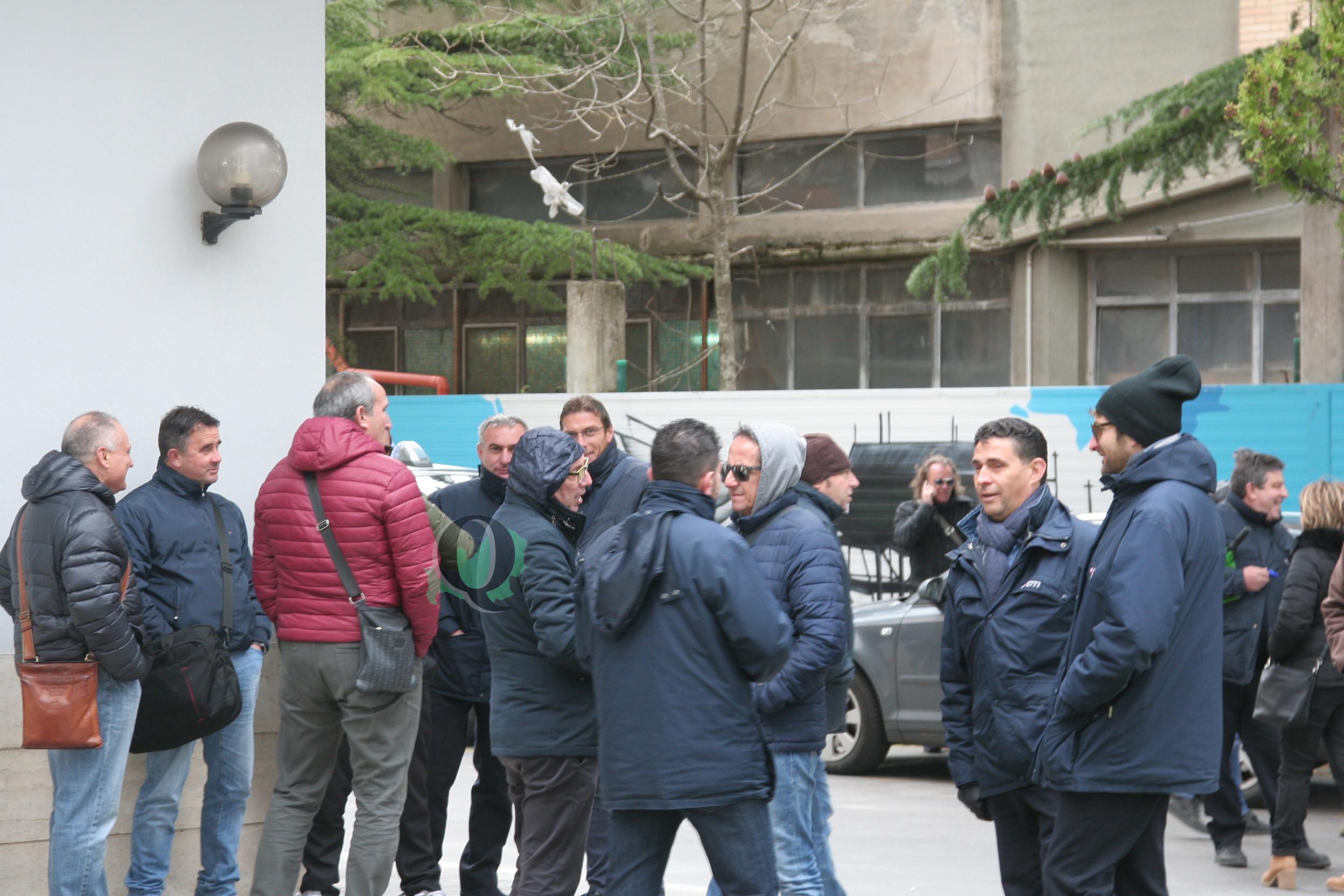 Nuovo presidio dei lavoratori ATM dinanzi il Consiglio regionale
