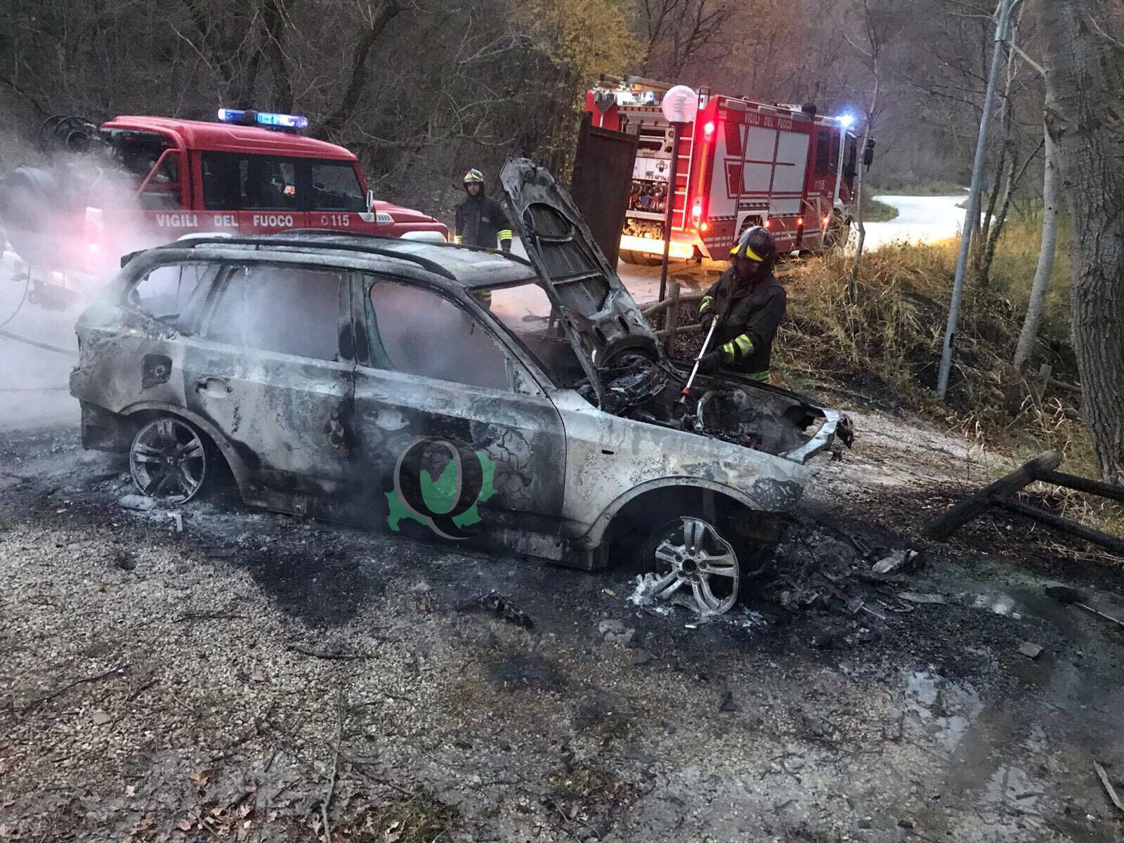 Auto a fuoco in area picnic, indagini in corso (FOTO)