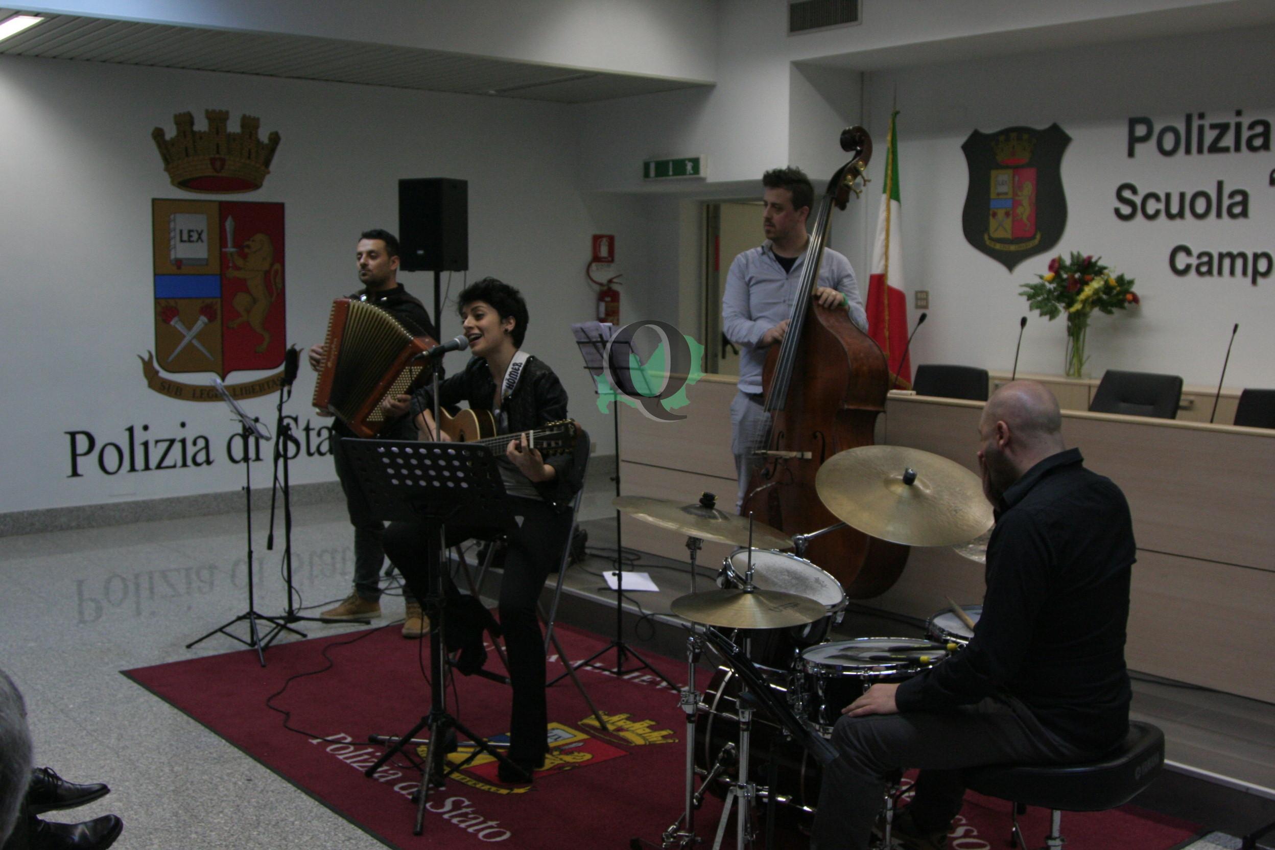 Alla 'Rivera' il concerto natalizio organizzato dall'Associazione Nazionale Polizia di Stato