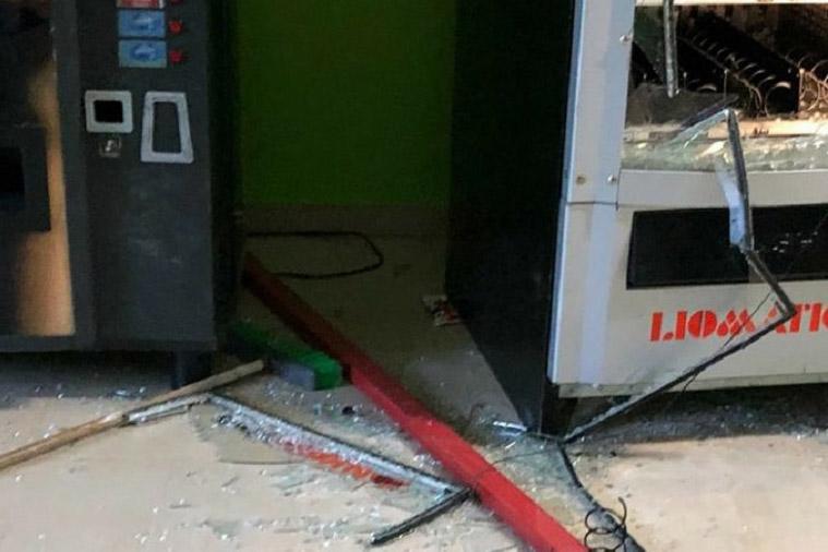 Mattei, vandali in azione all'istituto tecnico