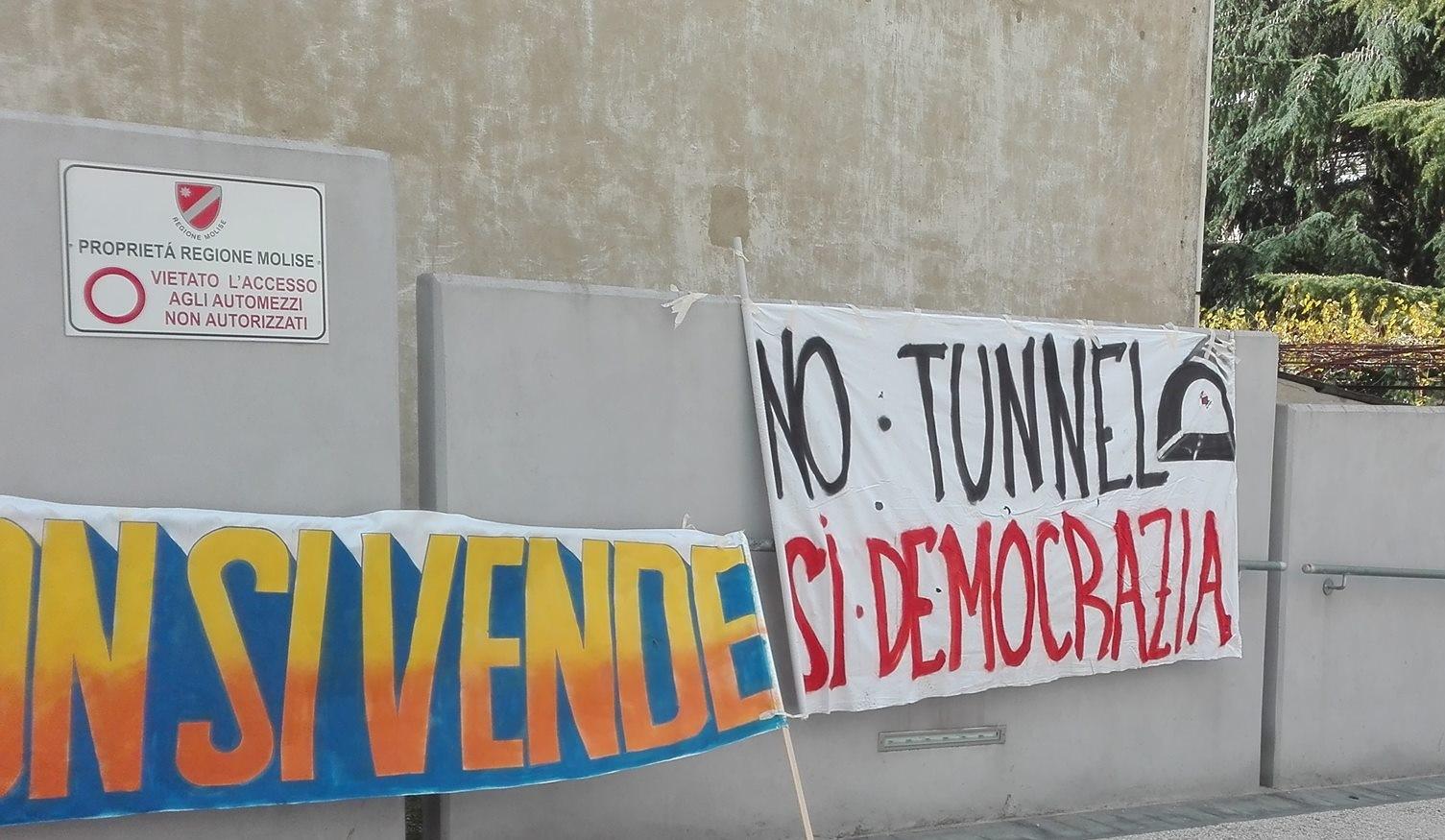 Comitato Referendario e Coordinamento No Tunnel esprimono soddisfazione sul 'no' del MiBACT