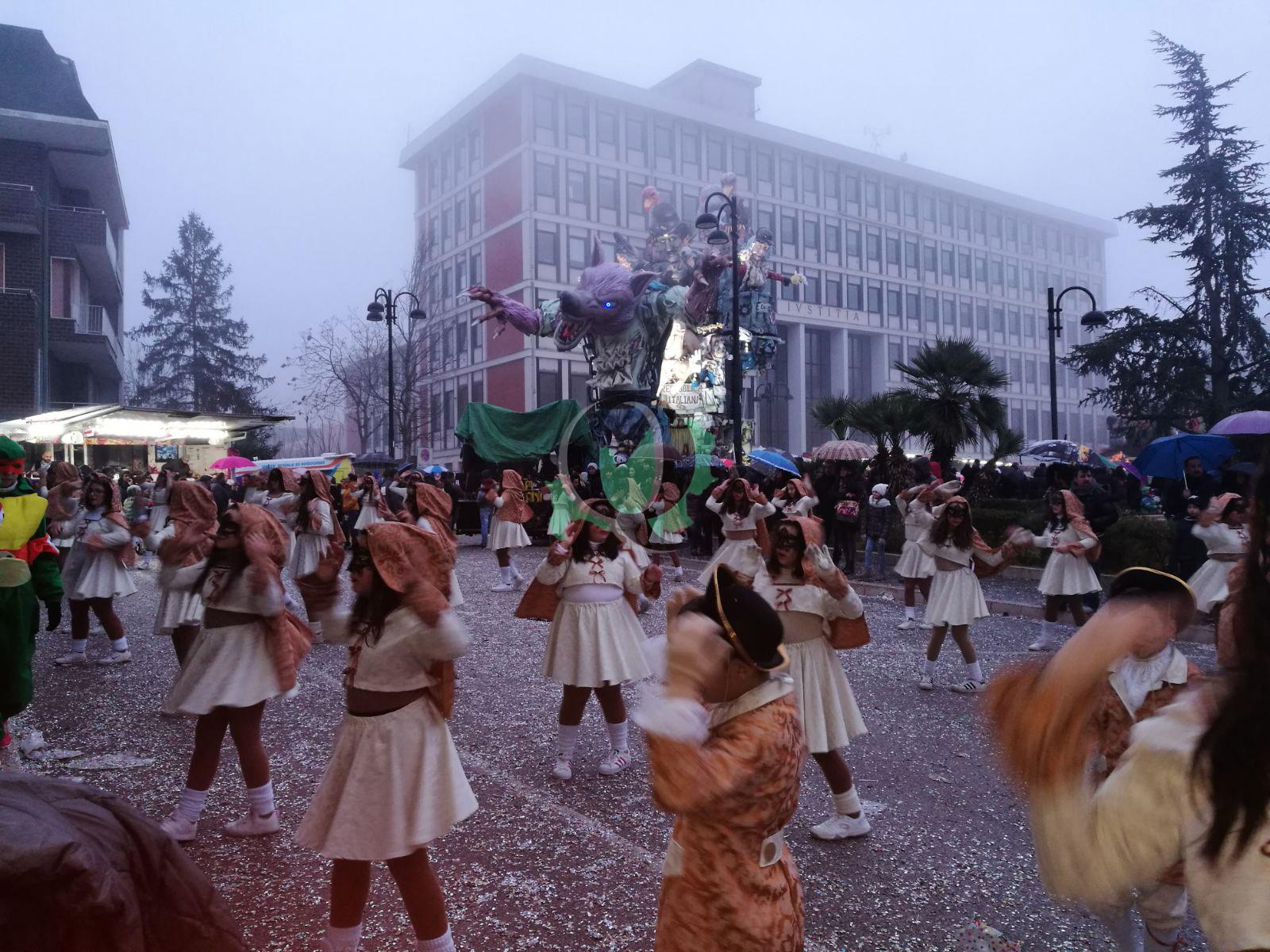 La 43esima edizione del Carnevale di Larino (video e foto)