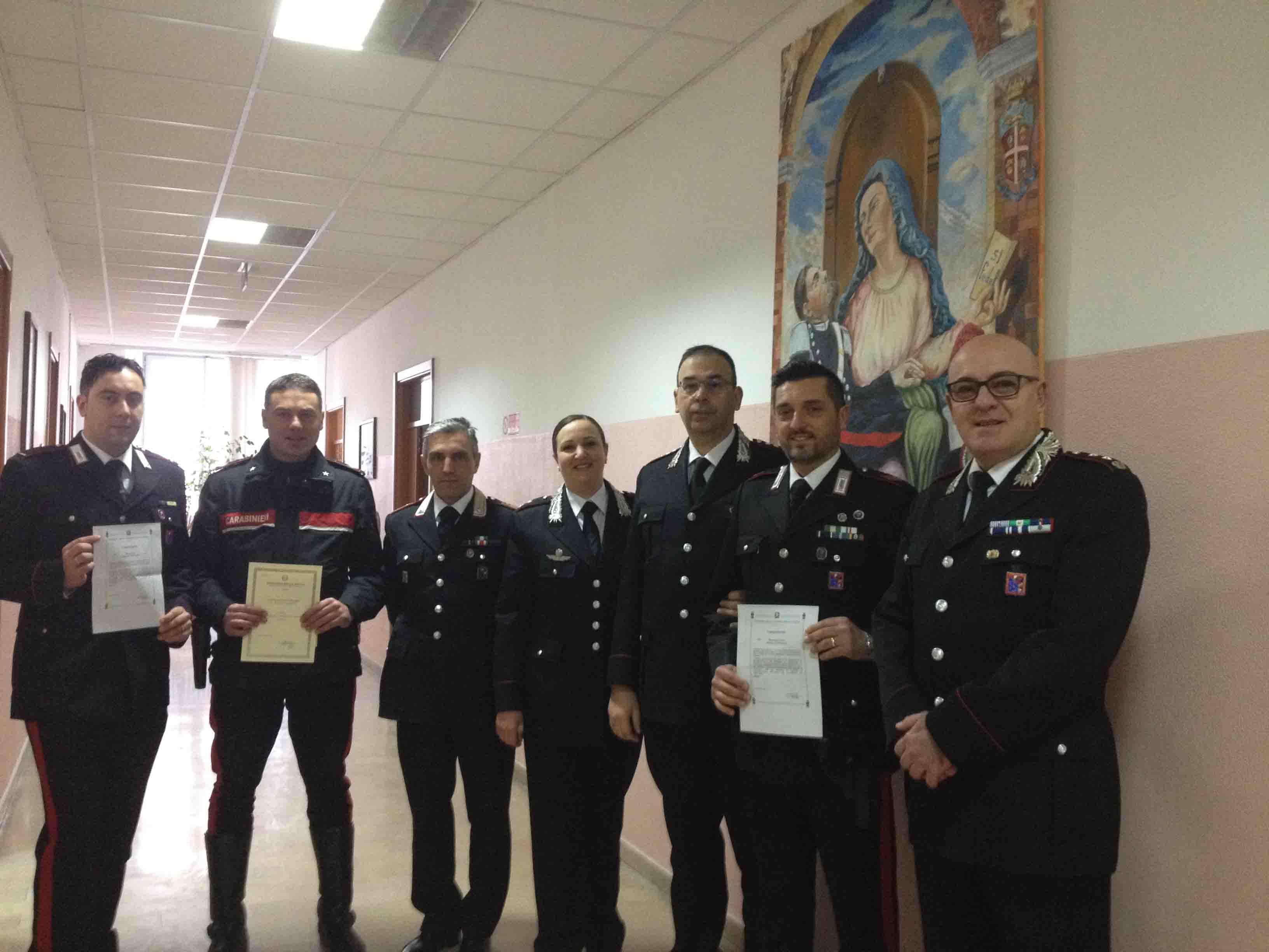 Salvarono un uomo in fin di vita, riconoscimenti per tre Carabinieri