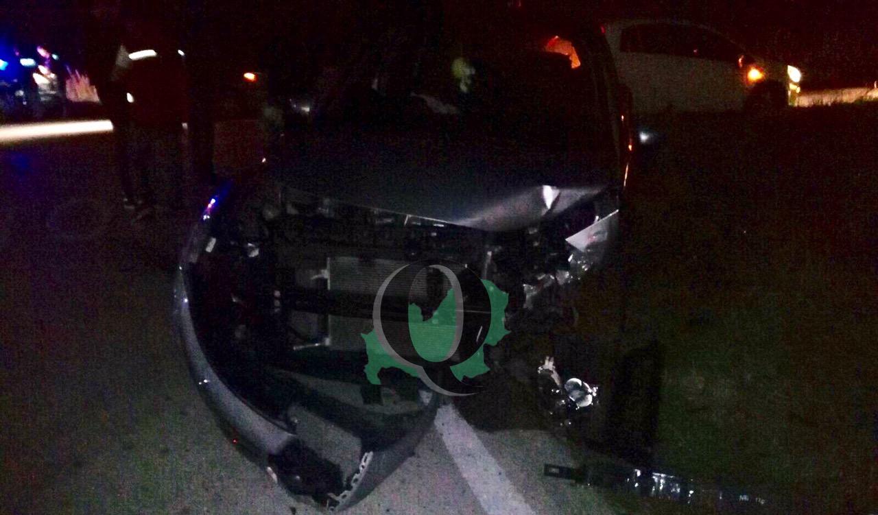 Scontro frontale tra auto, 26enne al Pronto soccorso (foto)