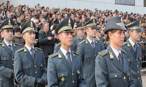 LAVORO – Finanza, pubblicato il bando per 631 allievi marescialli