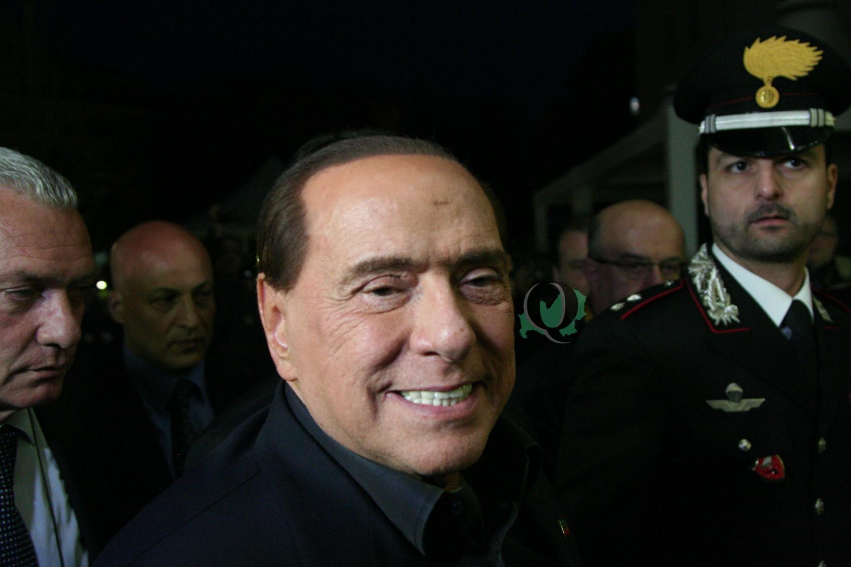 Berlusconi a Campobasso schiva i cronisti e si rifugia in hotel