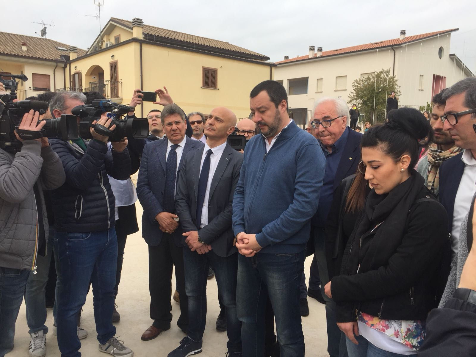 "Matteo Salvini a San Giuliano, i cittadini: ""No al centro immigrati"" (VIDEO)"