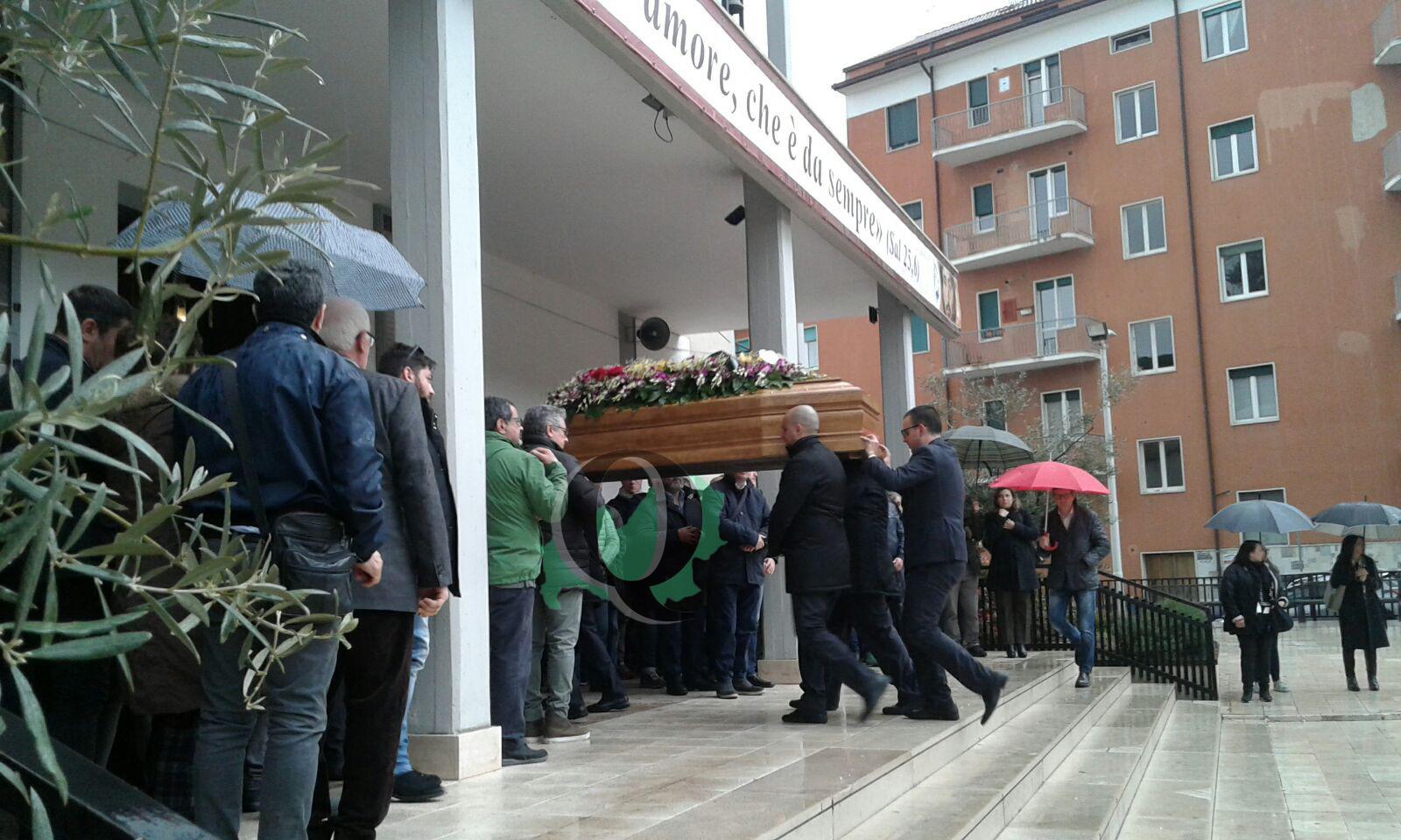 Celebrati nella chiesa di Sant'Antonio di Padova i funerali del centauro campobassano
