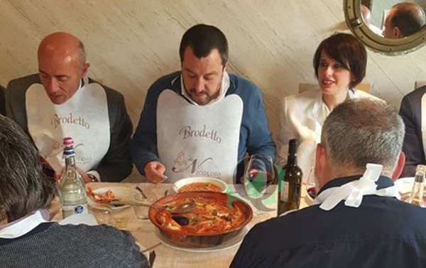 Matteo Salvini in visita in Molise, a Termoli comizio in Piazza e sosta culinaria