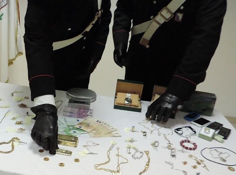 Rubò i gioielli alla sua ex convivente, arrestato 40enne