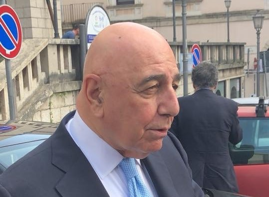 Regionali. Continua in Molise la parata di big, a Isernia il senatore Adriano Galliani