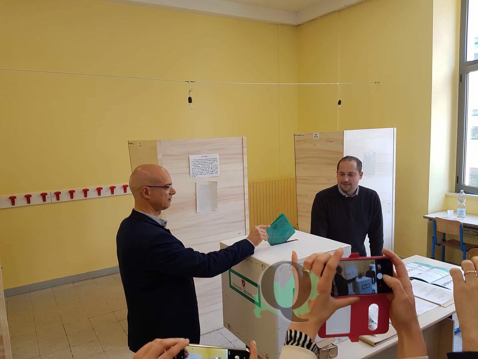 Elezioni Regionali: il voto del candidato presidente Donato Toma