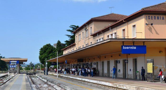 Allarme sicurezza alla stazione ferroviaria