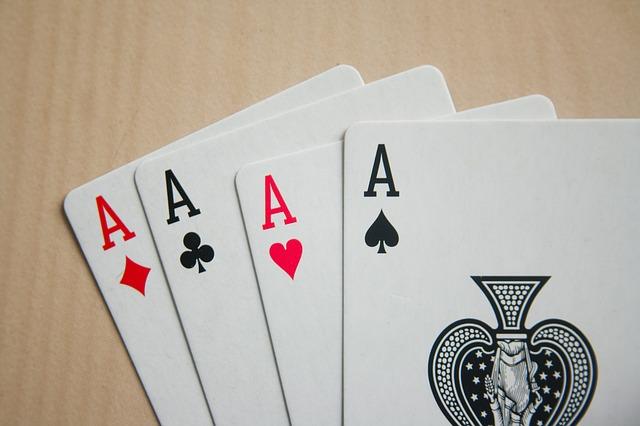 Il poker attraverso la tecnologia digitale: cambiamenti ed evoluzione