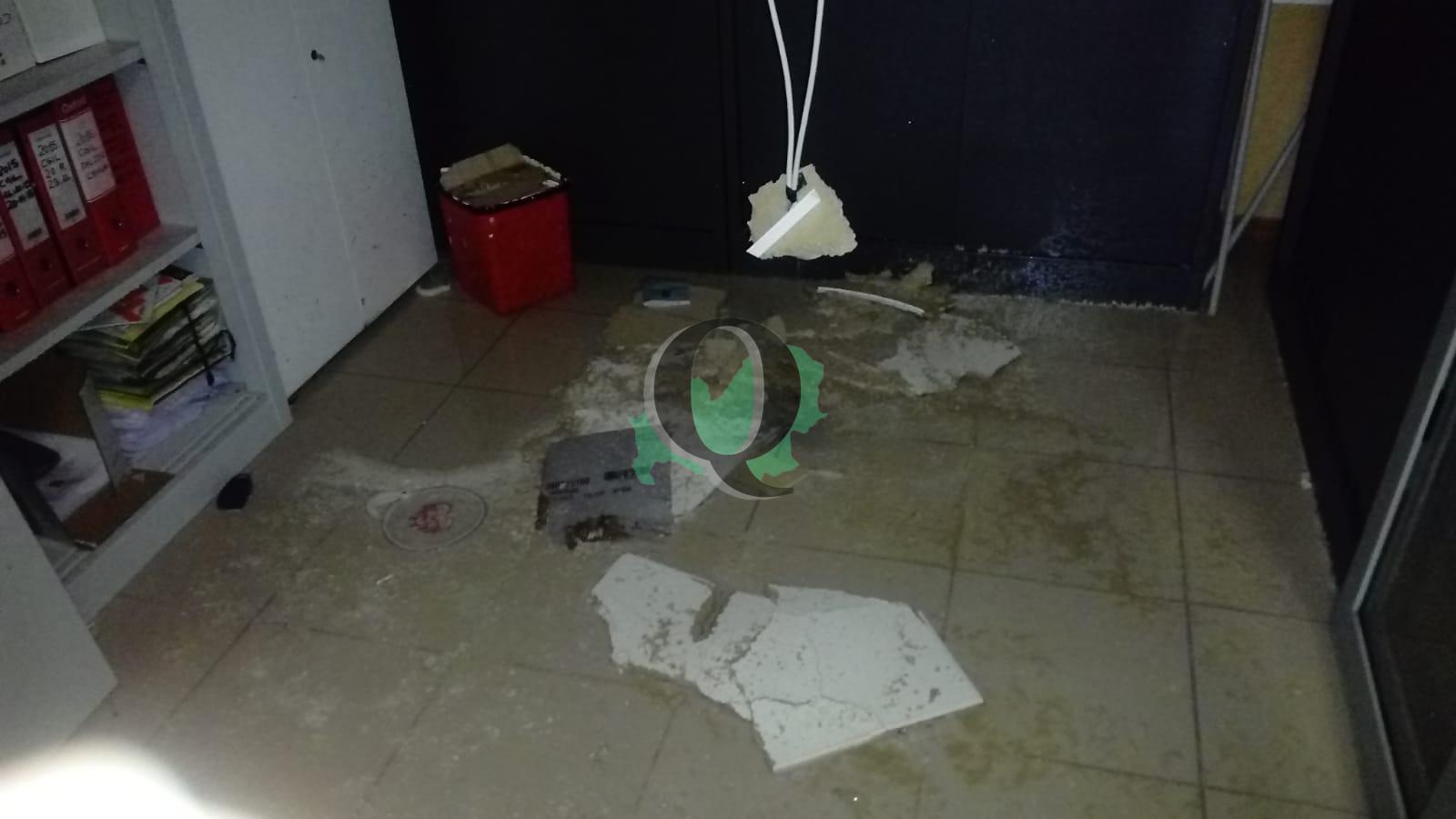 Maltempo. Crolla controsoffitto della CGIL a Campobasso (FOTO)