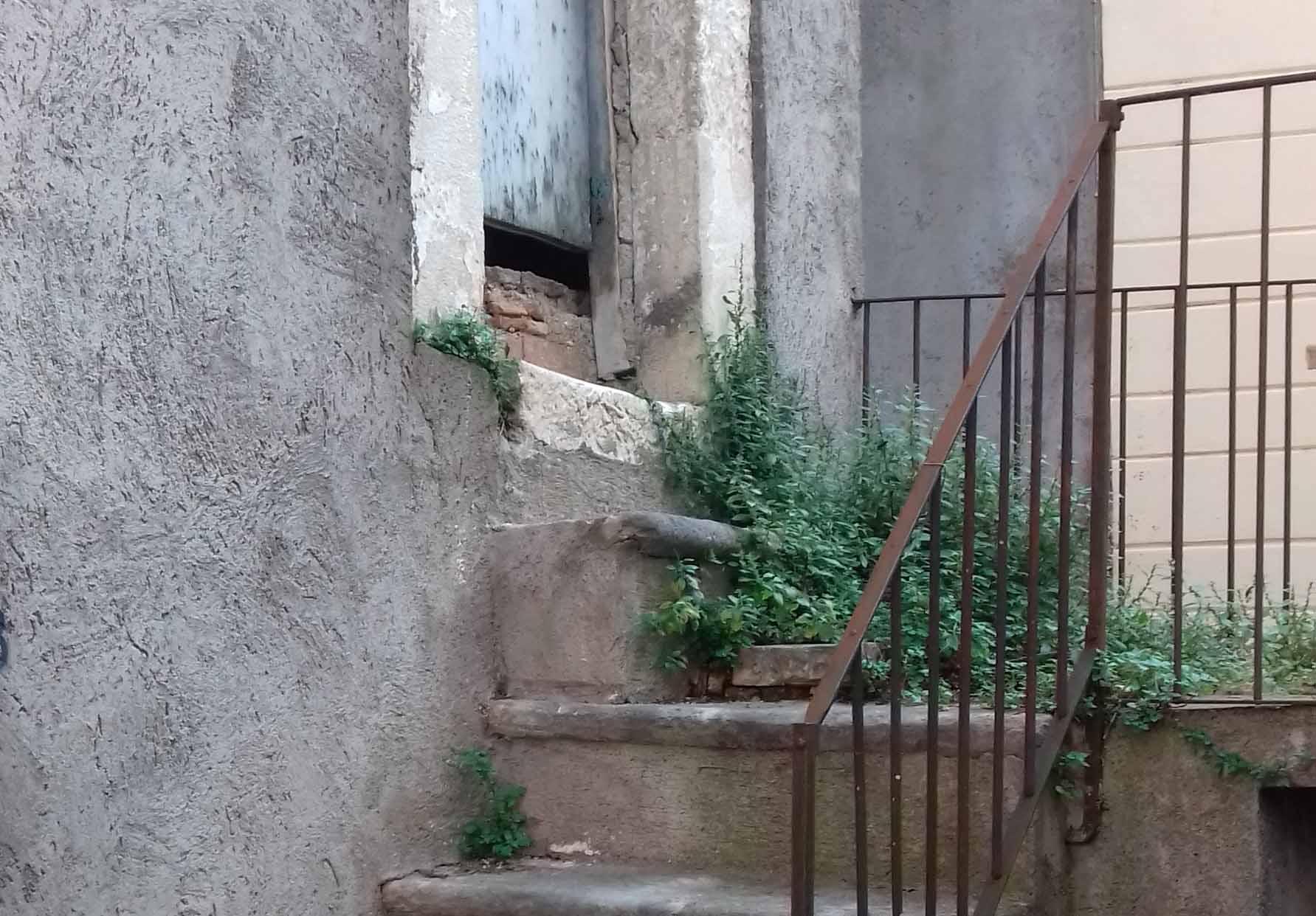 Casa di Totò in stato di abbandono
