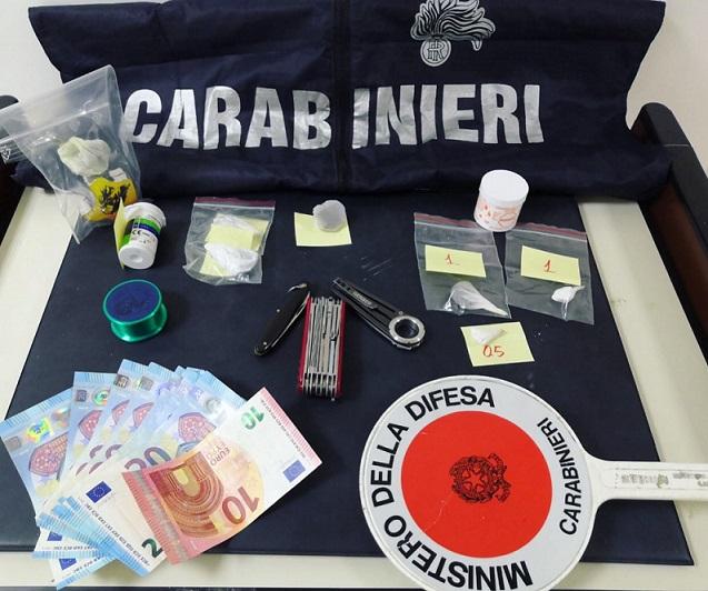 Armi e droga in casa, operazione dei Carabinieri ad Agnone