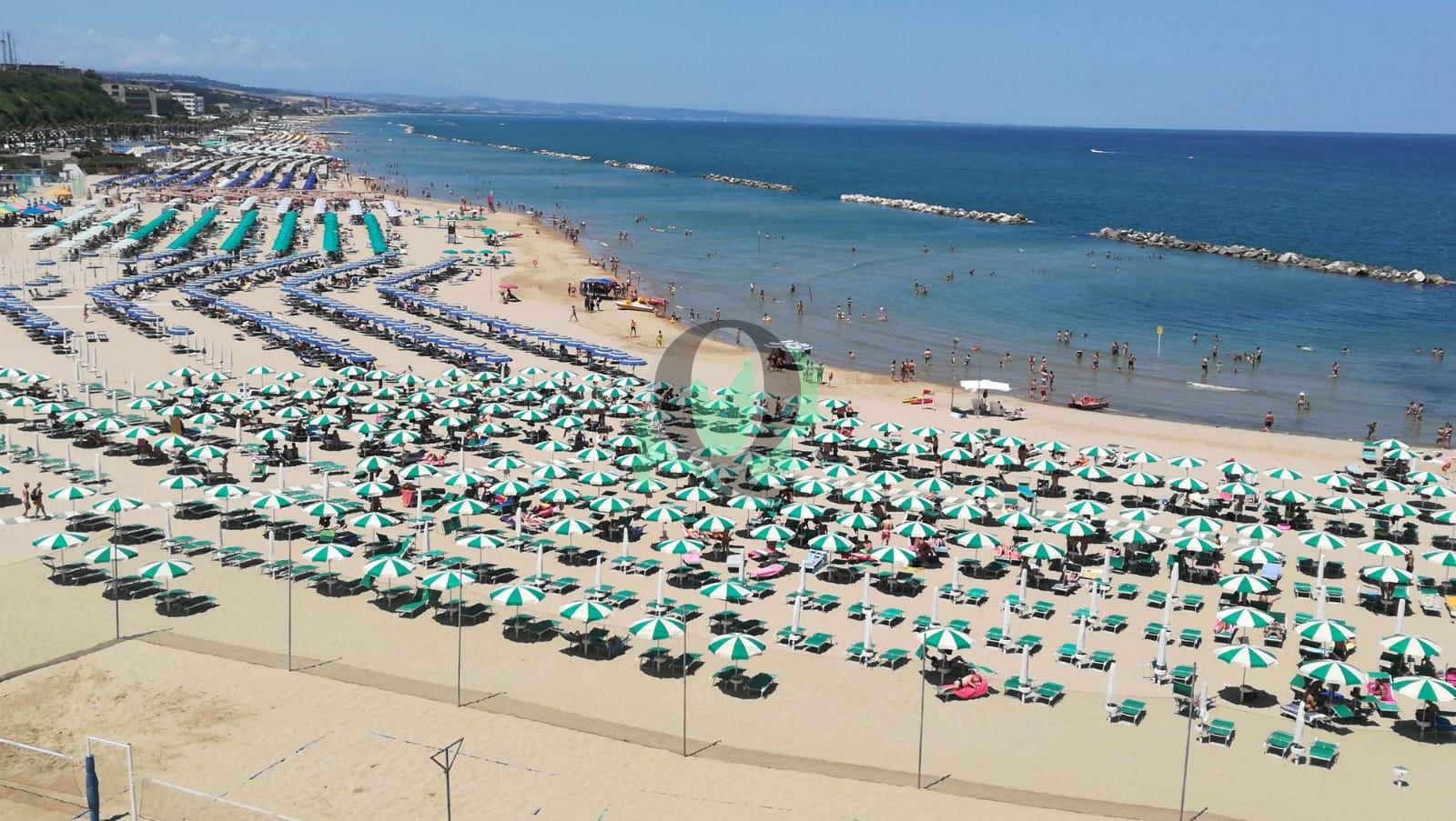 Weekend col solleone, spiagge piene a Termoli