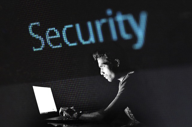 Quattro siti italiani su dieci sono a rischio sicurezza