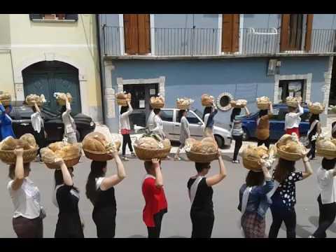 Parte la raccolta del materiale per il documentario della Festa del Pane