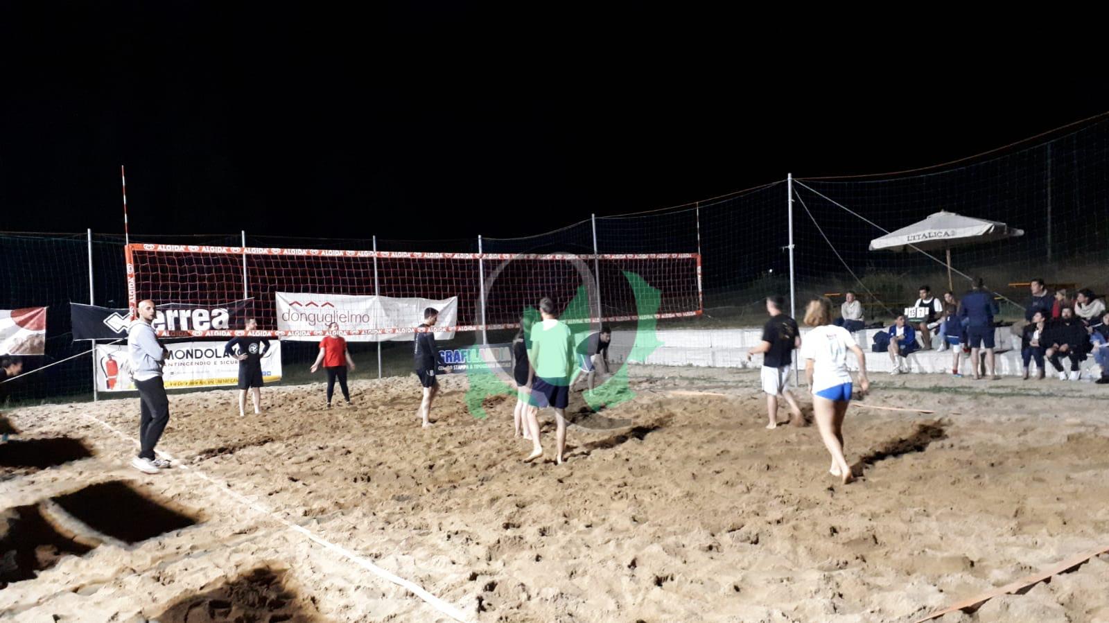 Beach Volley Cup, dopo lo stop per il maltempo lunedì riprenderanno le gare