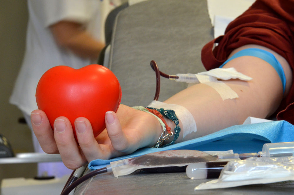"""""""L'emergenza non va in vacanza"""": l'appello dell'Avis a donare il sangue prima di partire"""