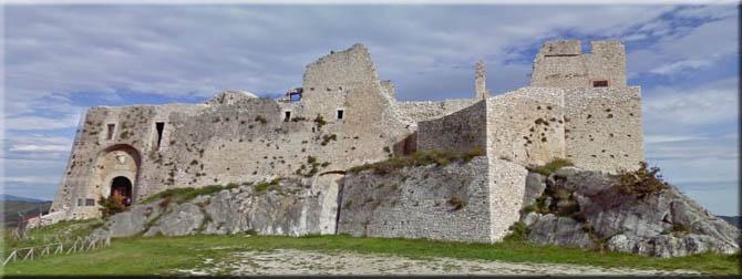 Porte aperte al Castello D'Evoli di Castropignano per turisti e scolaresche