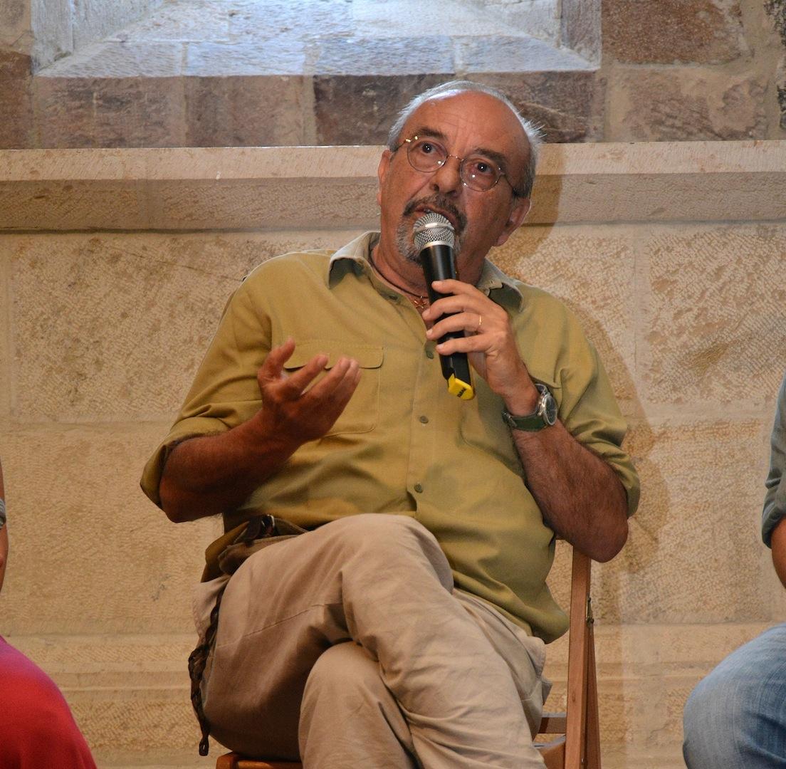 Il famoso vignettista Vauro a Pietracatella per il premio De Andrè