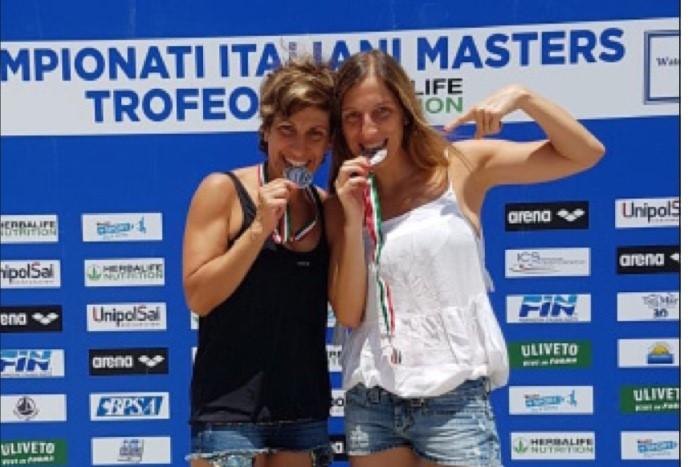 Nuoto, Damiano e Mascioli medaglie d'argento ai Master di Palermo